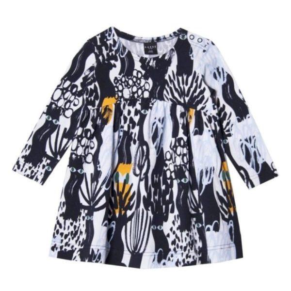Kleid Dark Forest für Kinder in schwarz weiss, Marke Aarrekid, nachhaltig hergestellt