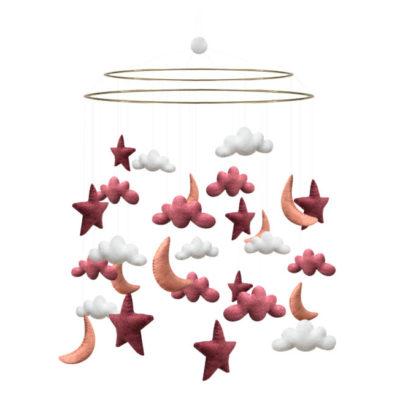 Eine Baby-Mobile zum Hängen mit Wolken, Sternen und Monds aus Filz